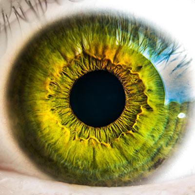Is een ooglaseroperatie wel veilig?  Wat zijn de risico's van LASIK en wanneer kan ik het beter niet doen?