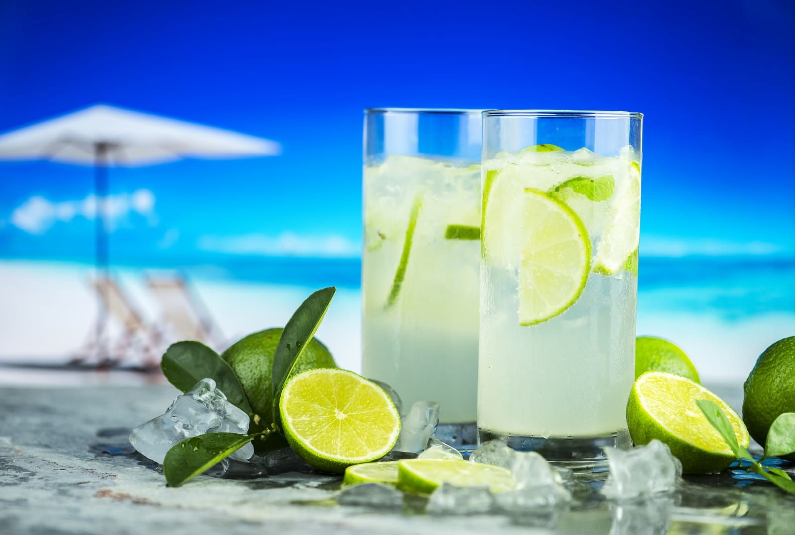 Why do elderly people suffer more easily from dehydration? Causes of dehydration and tips to improve fluid intake!